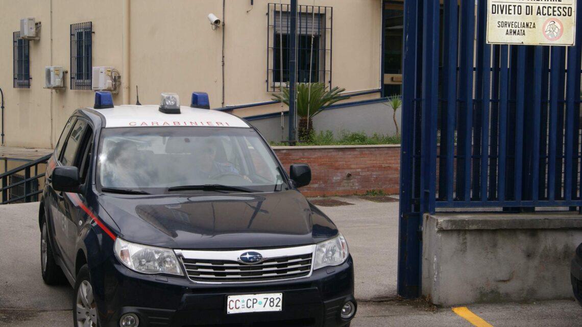 MANDAMENTO – ACQUISTA NOCCIOLE CON ASSEGNO RUBATO: DENUNCIATO 45ENNE