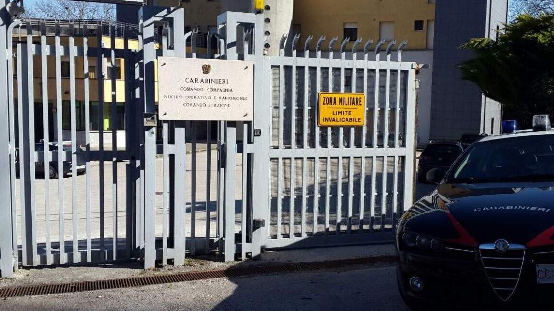 MONTELLA – GIROVAGA CON ARMI DA TAGLIO: 30ENNE DENUNCIATO