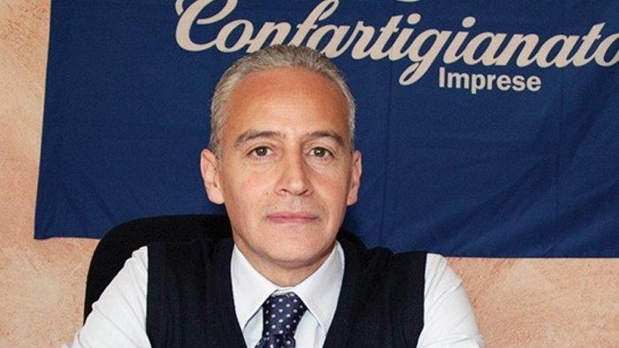 """CAMPANIA – CONFARTIGIANATO: """"VACCINI AD ACCONCIATORI ED ESTETISTE, I PIÙ COLPITI DALLA PANDEMIA"""""""