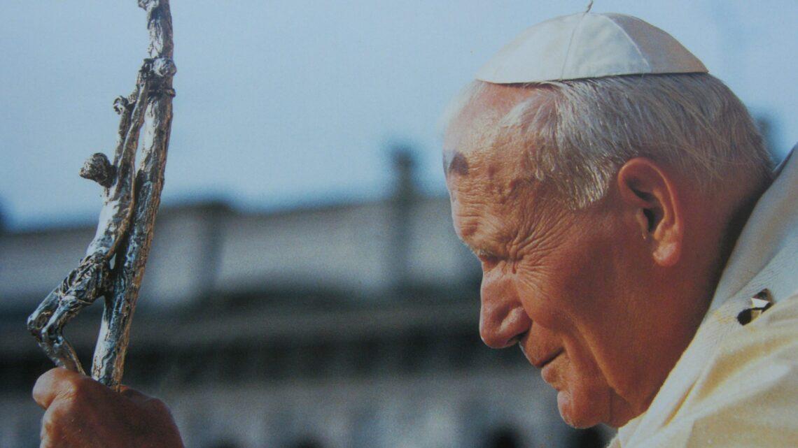 02 APRILE – NEL 2005 LA SCOMPARSA DI PAPA GIOVANNI PAOLO II