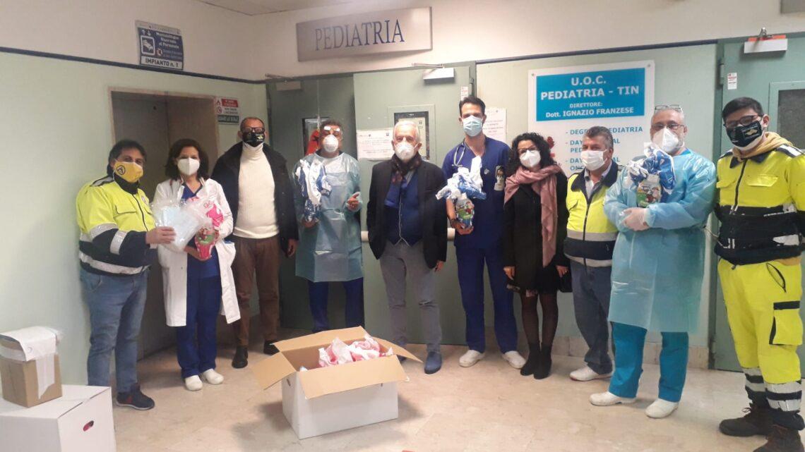 ROCCAPIEMONTE – UOVA DI CIOCCOLATO AI BAMBINI RICOVERATI IN PEDIATRIA DELL'OSPEDALE DI NOCERA